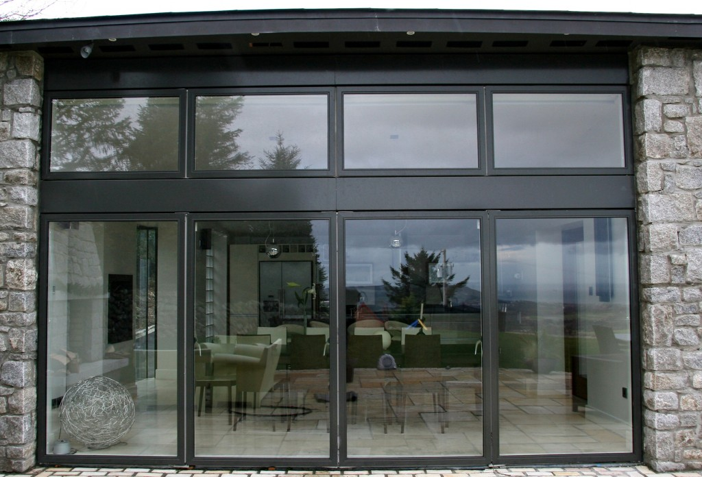 Futura double sliding door screen for Sliding double doors